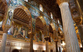 Internal view of the Palatine Chapel of Palermo in Sicily — Stock Photo