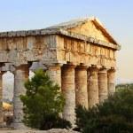 The greek temple of Segesta in Sicily — Stock Photo #13514882