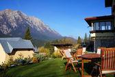 Mountain chalet with a beautiful panorama — Foto de Stock