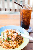 Fast meal with stir fried spicy noodles and cola — Stock Photo
