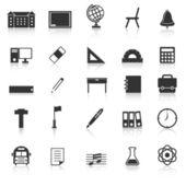 Ikony szkoły z refleksji na białym tle — Wektor stockowy