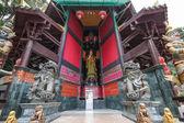 Guan Yin and two giant — Stock Photo