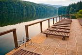 See-dock und stühle — Stockfoto