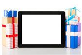 Tablet bilgisayar hediye kutuları — Stok fotoğraf