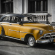 Old car in Cuba, Havanna, yellow colourized — Stock Photo