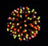 Coloratissimi fuochi d'artificio sullo sfondo nero del cielo — Foto Stock
