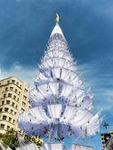 рождественская елка с белым гамаки — Стоковое фото