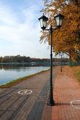 Embankment of Lake Superior in the fall. Kaliningrad — Stock Photo
