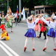 Children's dance group on the street of Kaliningrad — Stock Photo