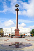 Triumphal column in the Victory square — Stock Photo