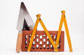 Cegły i mason narzędzia — Zdjęcie stockowe