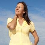 Active retirement woman ocean — Stock Photo
