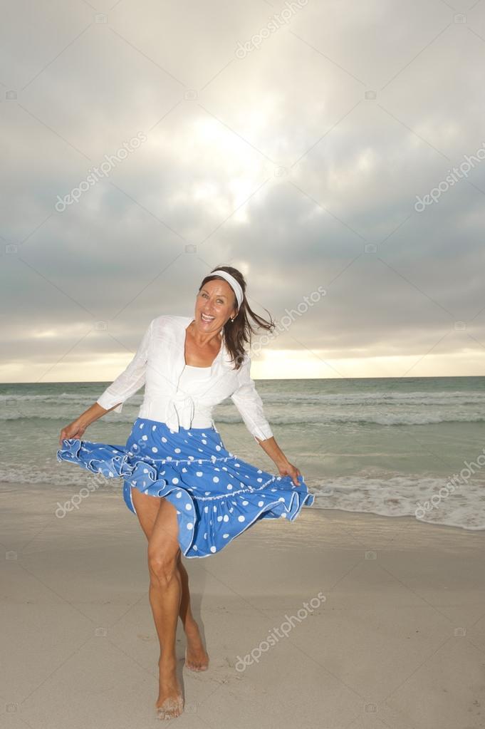 neptune beach milf women Jacksonville beach s 3rd st, jacksonville beach, fl jacksonville beach s 3rd st  3818 s 3rd st jacksonville beach, fl 32250 (904) 241-5084 hours.