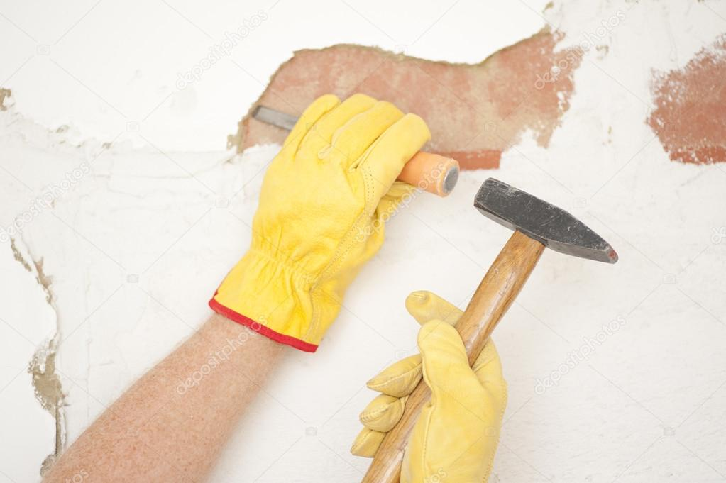 haus wand renovierung hammer und mei el stockfoto roboriginal 22351481. Black Bedroom Furniture Sets. Home Design Ideas