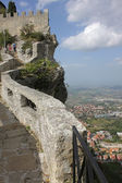Fortress of Guaita and view of the city of San Marino — Stock Photo