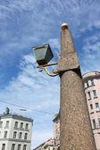 Granite obelisks with lanterns — Stock Photo