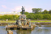 The fountain of Neptune in the Upper garden in Peterhof, Russia — Stockfoto