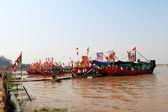 Eseguita la tradizionale barca sul fiume — Foto Stock