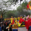 Monks and faithful ceremony at Con Son Pagoda — Foto de stock #31395613