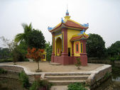 Tomb of Bui Thi Hy, ancestor of Chu Dau ceramic, Vietnam — Stock Photo