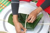 Make square glutinous rice cake — Stock Photo
