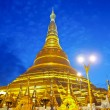 Shwedagon golden pagodin Yangon, Myanmar (Burma) — Stock Photo #33096955