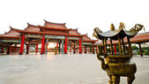 Colorful chinese temple — Stock Photo