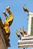 гейбл апекс тайский храм — Стоковое фото