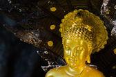 Gold buddha statue — Stock Photo