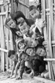 An unidentified Mon children 5-12 years old gather for photograp — 图库照片
