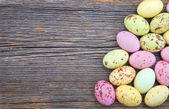 Easter background, small spotted easter eggs — Stock Photo