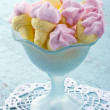 ������, ������: Ice cream shaped marshmallows in a blue bowl