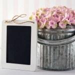 pizarra para el espacio de la copia con flores de Hortensia — Foto de Stock