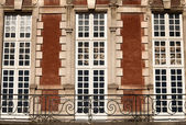 Place des Vosges, Paris - building — Stock Photo