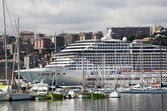 Cruise ship in Genoa — Stock Photo