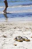 Infradito sulla spiaggia — Foto Stock