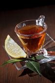 çay kupası ve limon — Stok fotoğraf