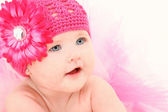 Adorable Baby Girl in Flower Hat — Stok fotoğraf