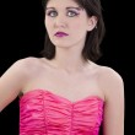 giovane e bella donna in arte faccia rosa e perline — Foto Stock