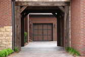 Tennesee Home Breezway to Garages — Stock Photo