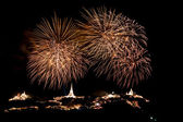 Fireworks display above The temple on the hill at Khao Wang Phetchaburi,Thailand — Stock Photo