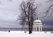 Rotunda on Onego lake in winter — Stock Photo