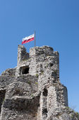 The flag on ruins of the bastille in south of Poland — Stock Photo