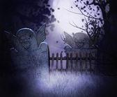 Tło ciemny cmentarz — Zdjęcie stockowe