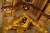 Buddhist Temple Ceiling — Stockfoto