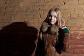 Beautiful girl in winter — ストック写真