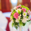 Beautiful wedding bouquet with pink and white flowers — Stock Photo #30514797