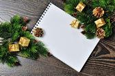 Weihnachten-grenze auf dem hölzernen hintergrund design — Stockfoto