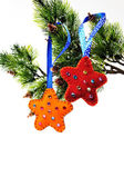 Two stars out of felt toys on a Christmas tree — Foto de Stock