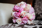 Bridal bouquet of white and pink roses — Stock Photo